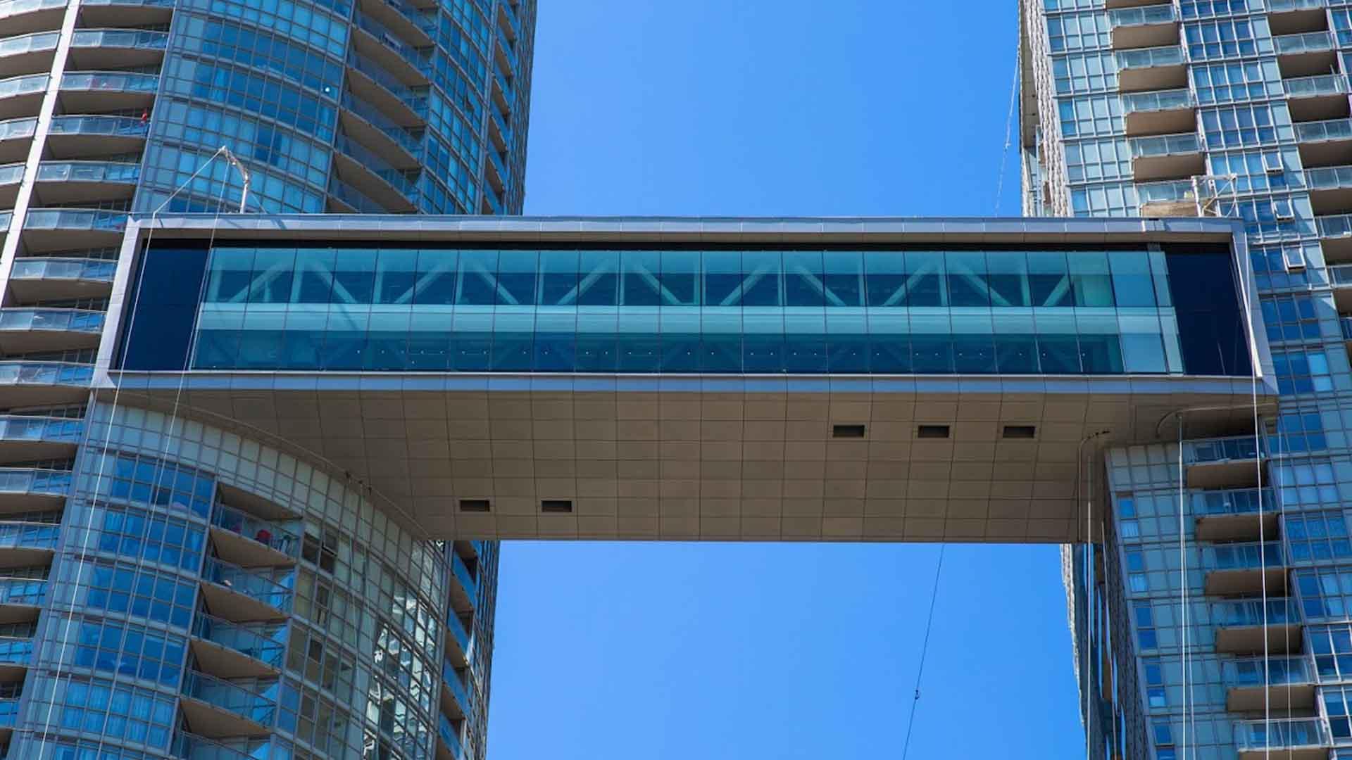 The Skybridge – 21 Iceboat Terrace